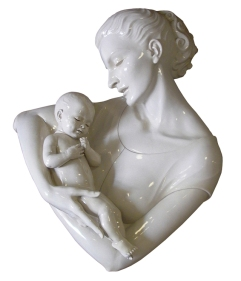 mother-and-child-sculpture-1527087-639x744